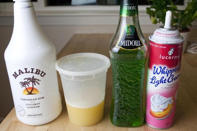 midori splice, midori, melon liqueur, coconut rum, malibu rum, pineapple juice