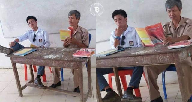 Miris, siswa SMA ini merokok dan duduk tak sopan di samping gurunya