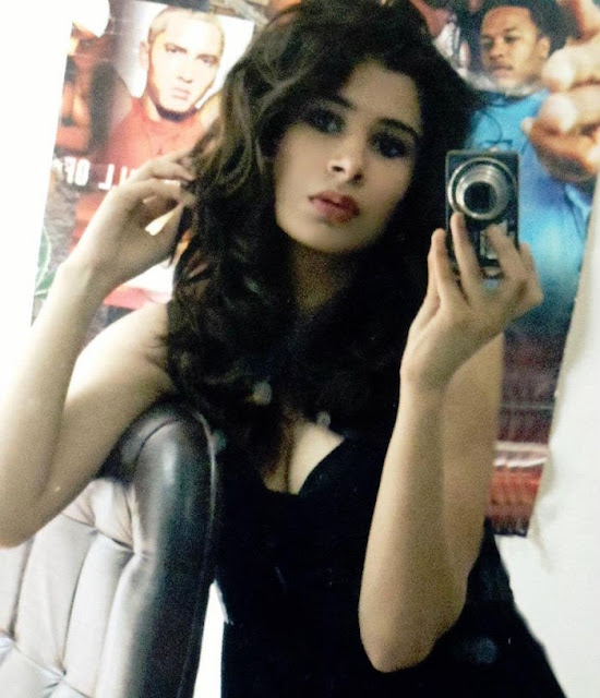 Rabia Sidhu Hot Pics daughter of Navjot Singh Sidhu