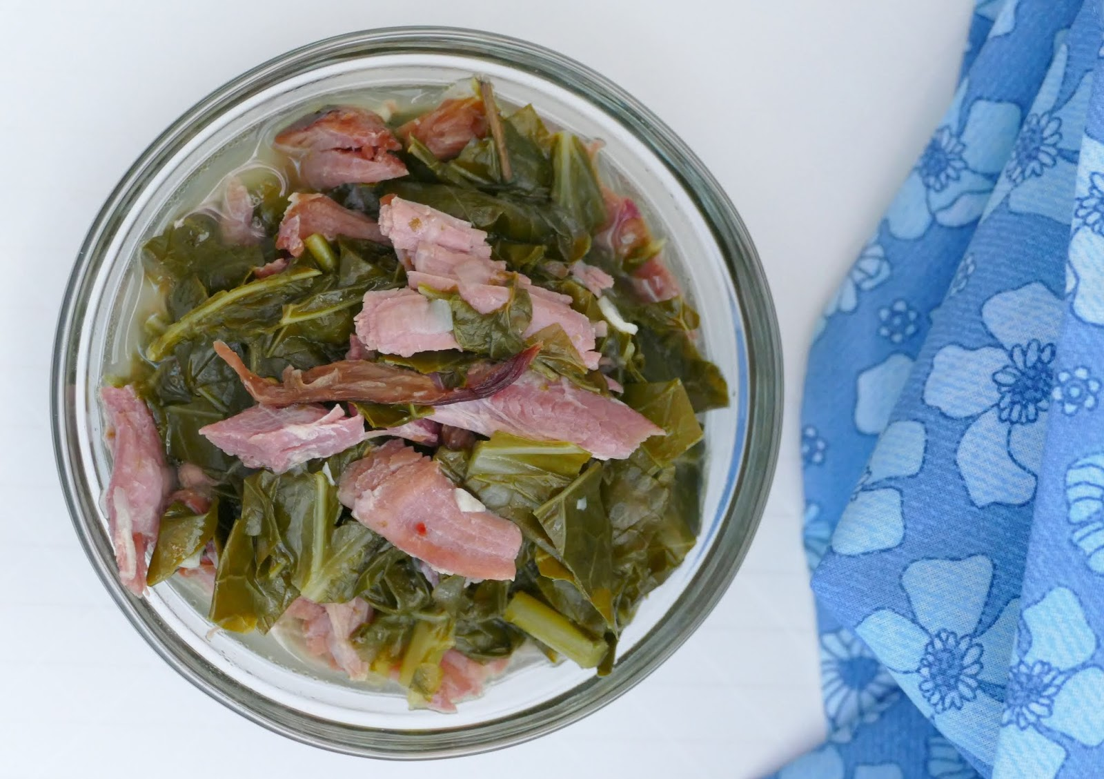 This side dish is the perfect addition to your Sunday soul food dinner! Serve with fried fish or chicken, mac and cheese, cornbread and sweet potato pie for a tasty comfort food meal! The smoked turkey leg adds the most amazing flavor to these greens!