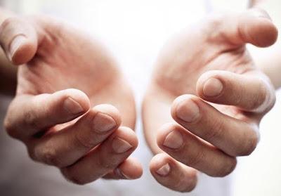 Inilah Tangan yang Dicintai Allah dan Tak Disentuh Api Neraka