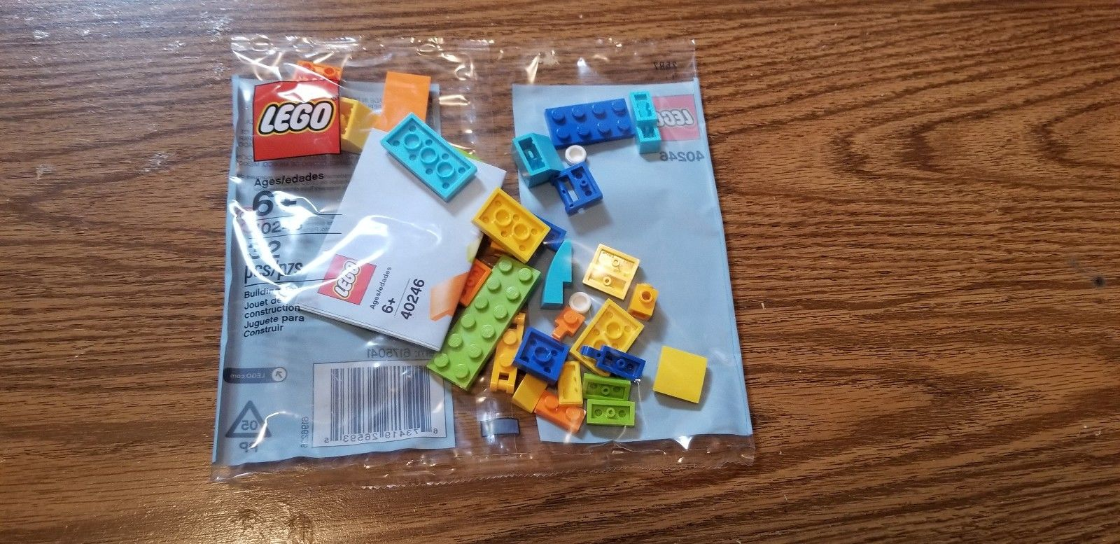 FREE LEGO Car and Gas Pump Mini Model Build at LEGO Stores