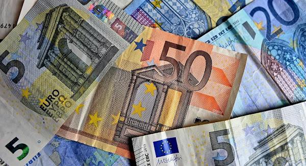 Dette Covid: le destin des Grecs, paupérisés et écrasés d'impôts, «nous pend au nez»