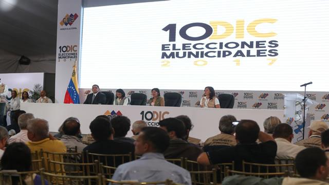 Caiga quien Caiga: Lo dijimos Maduro gana por acción no solo por abstención por @angelmonagas
