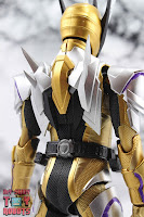 S.H. Figuarts Kamen Rider Thouser 10