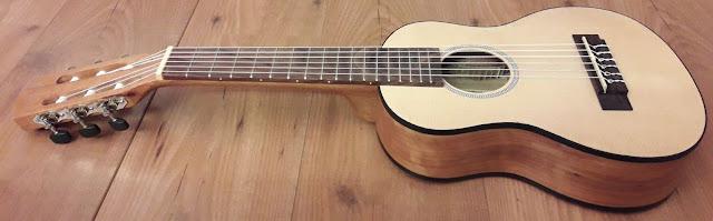 Guitarlele Lanai C380082