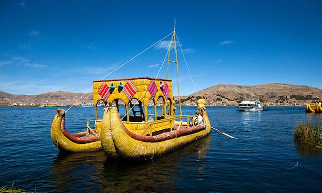 Titicaca Lake, Peru / Bolivia