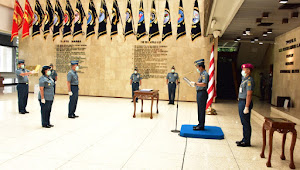Resmi menjabat sebagai Kepala Dinas Perawatan Personel Angkatan Laut (Kadiswatpersal) Kolonel Laut (S) Poedji Santoso
