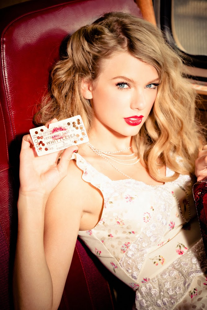PHOTOS BIOGRAPHY : Singer Taylor Swift by Ellen von Unwerth for Glamour 2012