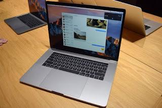 MacBook Pro có Touch Bar