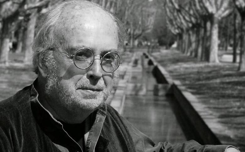 Фернандо Айнса – іспанський письменник, есеїст, член Національної академії літератури Уругваю, віцепрезидент Арагонської асоціації письменників