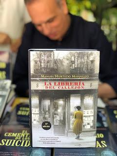 http://www.esferalibros.com/libro/la-libreria-del-callejon/