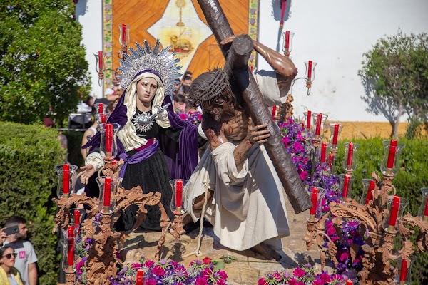 La Mortaja y La Entrega se quedan solas en el Sábado de Pasión de Jerez