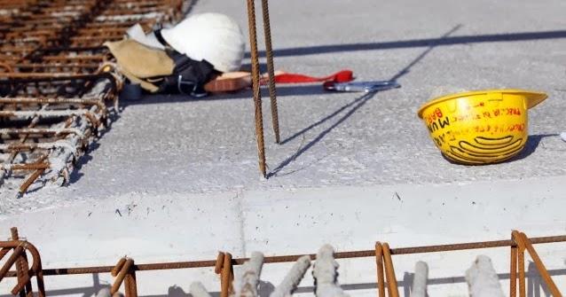 """Si continua """" a morire di lavoro """" in Toscana : operaio muore precipitando da 15 metri ad Avenza ( Massa Carra…"""