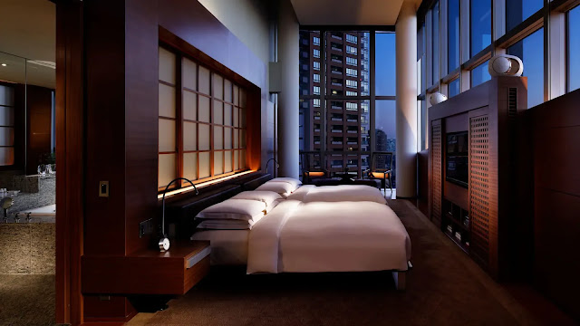 A modern luxury hotel in the heart of Roppongi, Tokyo - Grand Hyatt Tokyo. Expect top dining experiences and ultimate relaxation.