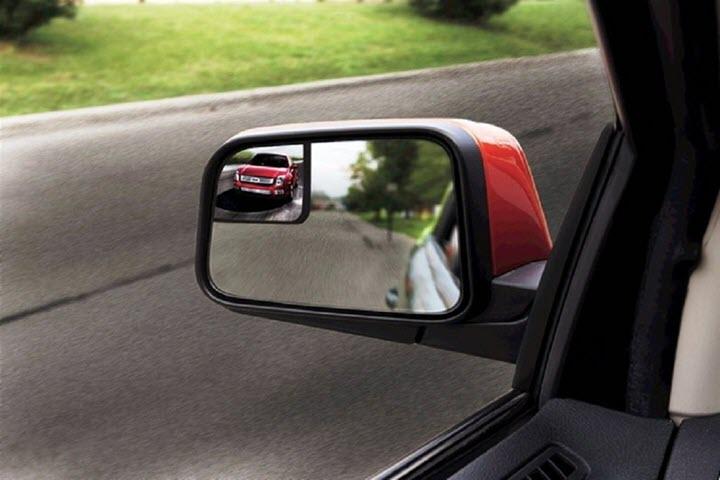 Điều chỉnh gương chiếu hậu ô tô như thế nào cho đúng?