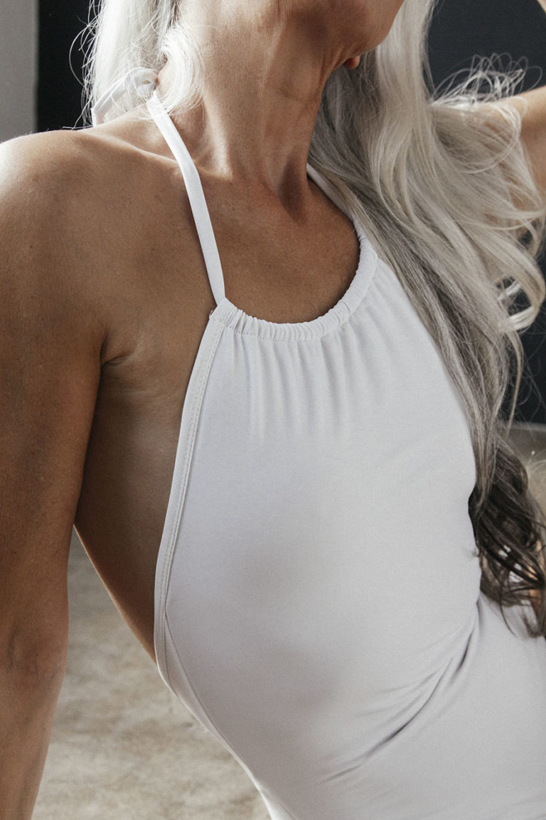 61-Year-Old Model Stuns The World, Shares Her Secrets To Graceful Aging [Photos]