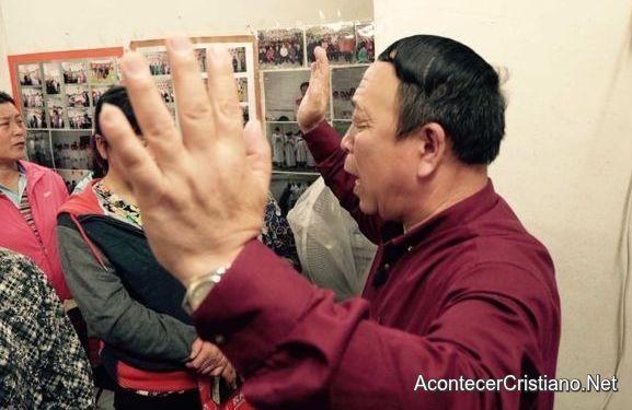 Pastores chinos perseguidos