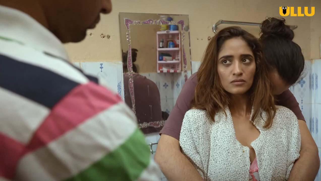 Charmsukh-Toilet-Love-2021-Ullu-Webseries-episode