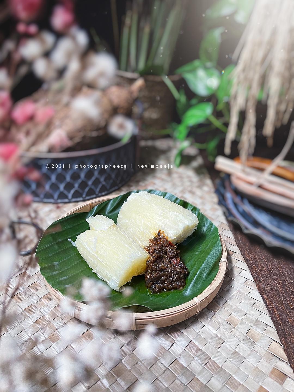 cicipan ubi kayu rebus cicah sambal
