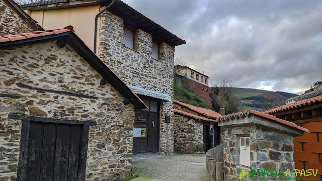Bodegas en Santiso, Cangas del Narcea