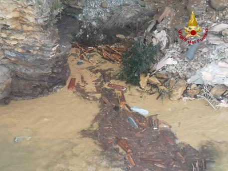 Camogli (Ge): bare in mare a causa di una frana nel terreno