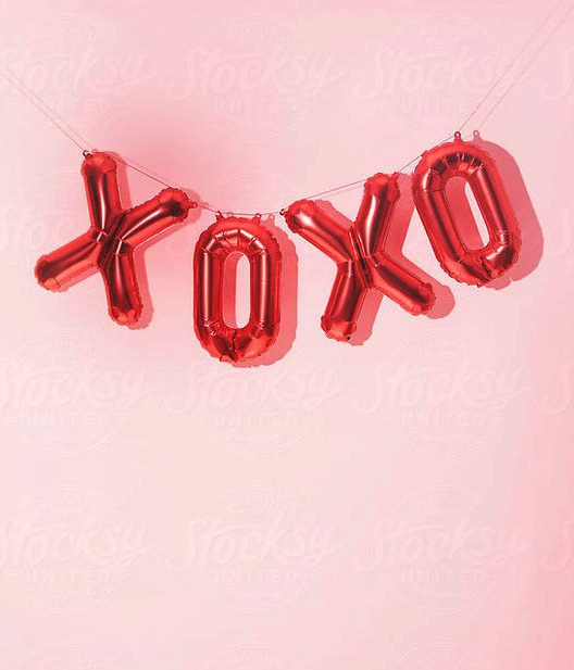 Red Valentine's Day XOXO Foil Balloons