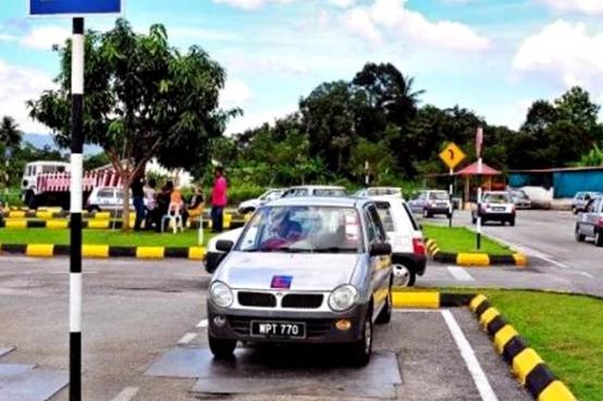 Jenis Lesen Dan Kelas Memandu Kereta Motor Di Malaysia