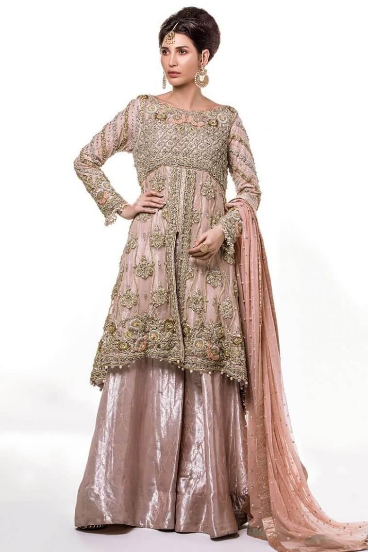 Elegant and luxurious Pakistani bridal dresses of Annus Abrar forMehndi Barat and Walima