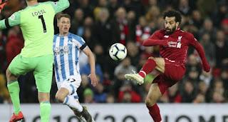 ليفربول يستعيد الصدارة مؤقتاً بفوز كاسح أمام أنصاره