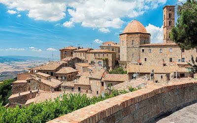 Volterra - Borgo medievale in provincia di Pisa.