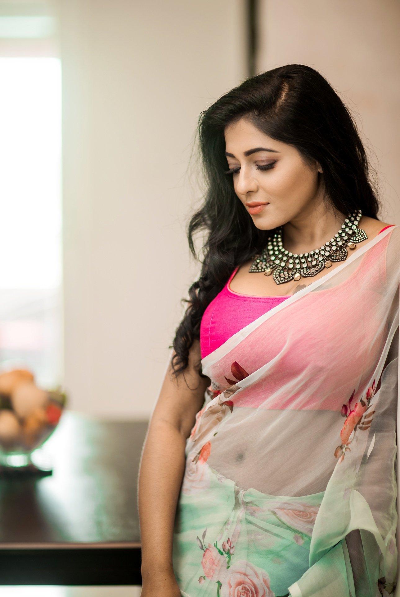 Reshma Pasupuleti Saree Photos