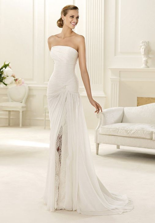 whiteazalea destination dresses picking the beach wedding dresses for beach weddings. Black Bedroom Furniture Sets. Home Design Ideas