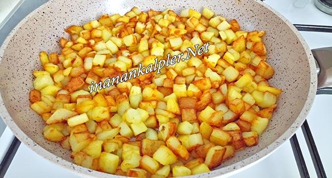 Kahvaltılık Küp Patatesli Omlet Tarifi - inanankalpler.net