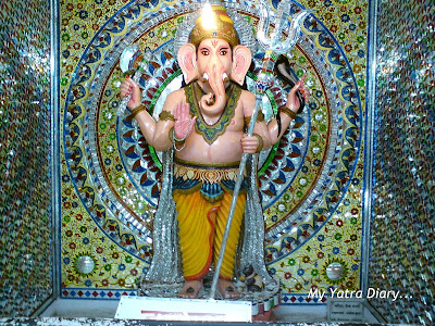 A colorful mosaic of Lord Ganesha in a Glass Temple along the way from Rishikesh to Haridwar