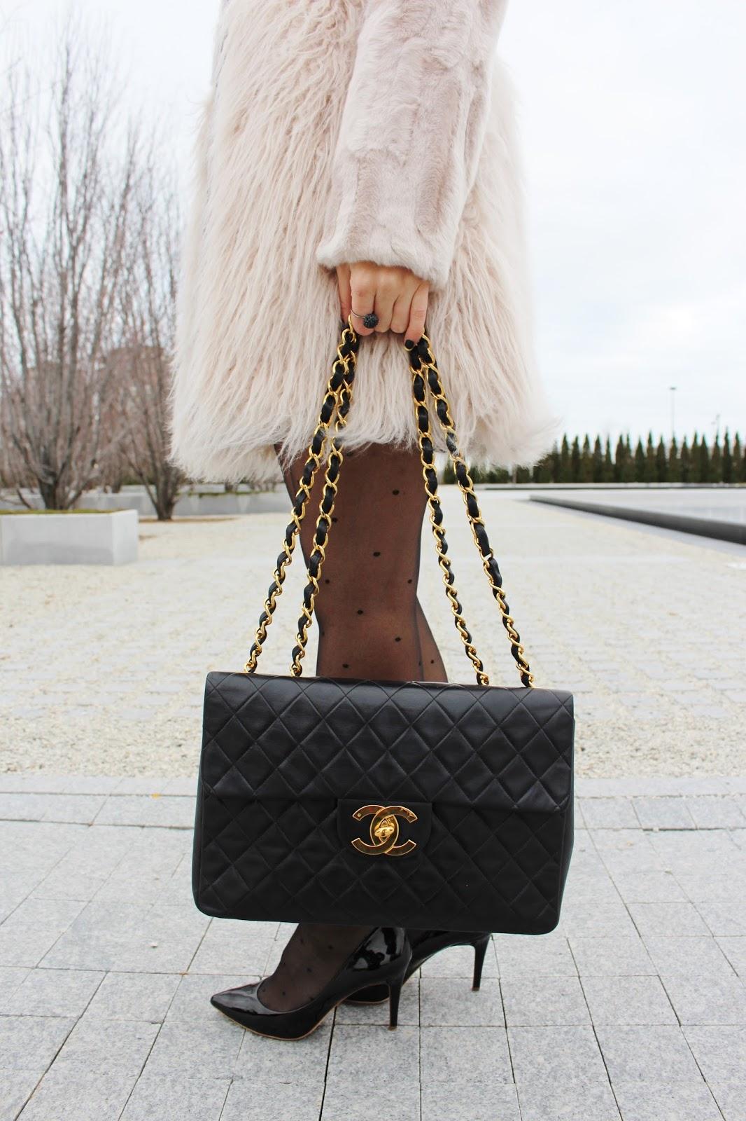 Bijuleni - Vintage Jumbo Xl Chanel Handbag