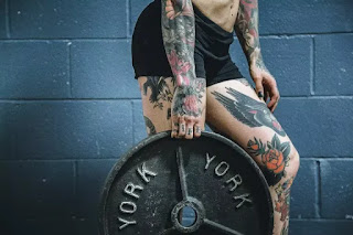 Lifting Weights Wont Make You Bulky - LADIES