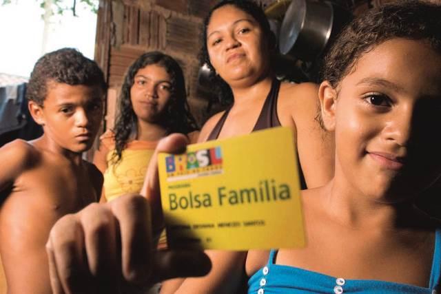 Após cortes, governo destinará R$ 3 bilhões ao Bolsa Família