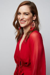 Melanie Scrofano Height, Weight, Net Worth, Age, Wiki, Who, Instagram, Biography