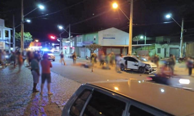 Colisão entre moto e carro deixa casal ferido na Chapada Diamantina
