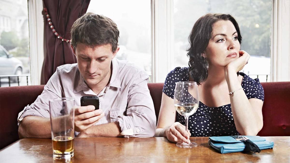 Base pisando raya dating