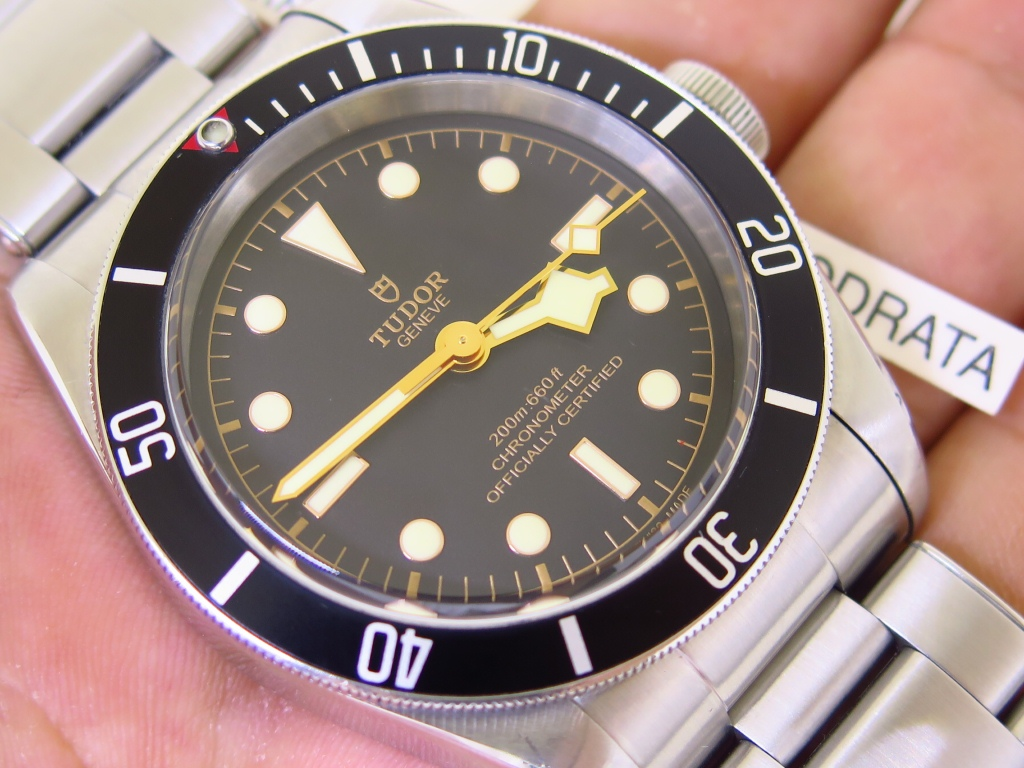 TUDOR BLACK BAY BLACK DIAL 41mm BLACK BEZEL 79230N - AUTOMATIC TUDOR MT5602 - RIVET STEEL BRACELET
