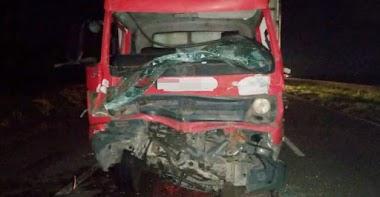 Motorista morre em colisão entre dois caminhões na BR-101, em Pernambuco
