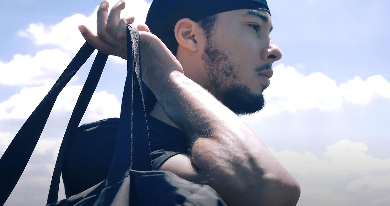 Photo de Isayah extraite du clip Goto