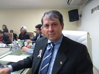 Marcelo Bandeira requer implantação de ciclovia na Praça do Novo Milênio