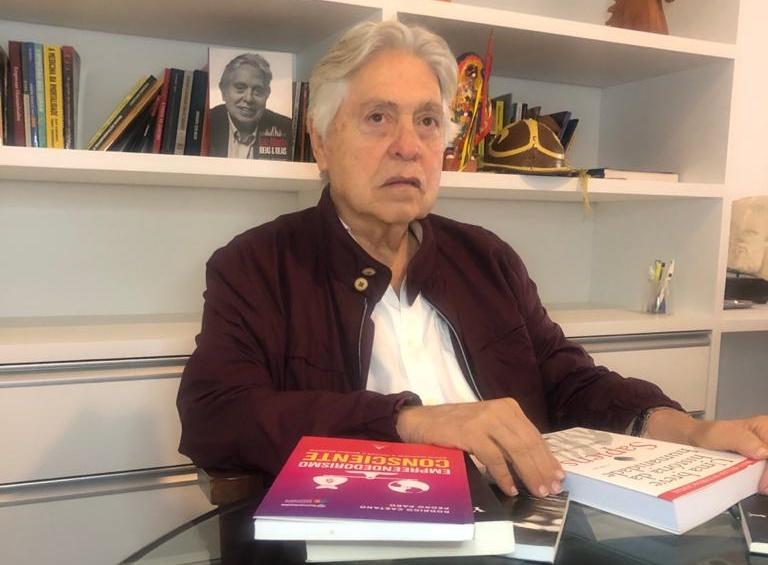 Livro de Luiz Alberto Carneiro é lançado em Portugal