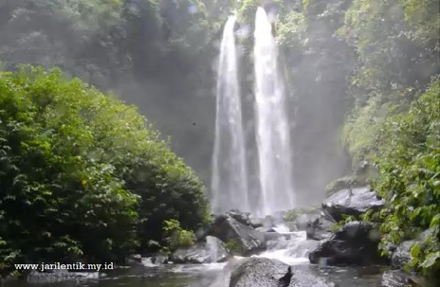 Air Terjun Kembar Tiu Teja adalah salah satu destinasi wisata di Lombok Utara yang paling instagramble