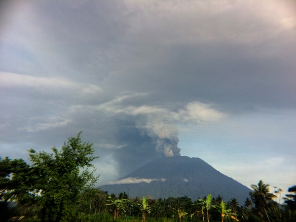 Awas Gunung Agung, Status Dinaikkan Dari Siaga Ke Awas