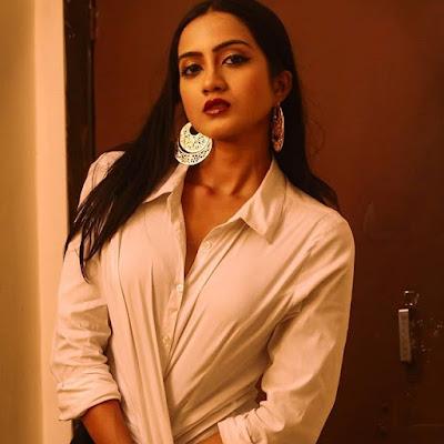 Amika Shail image