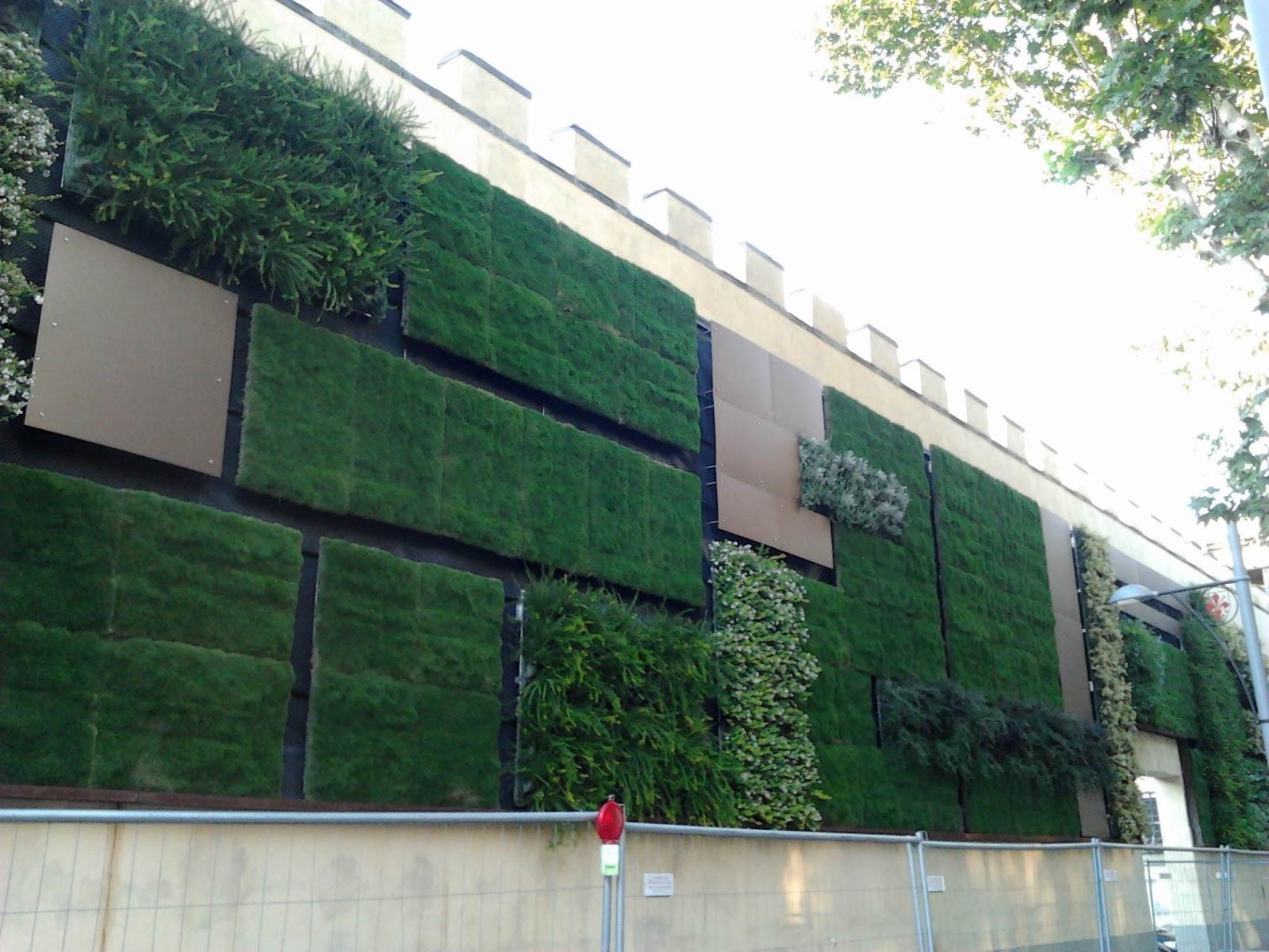 Landscape architecture florence giardino verticale 2 0 for Giardino verticale